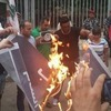 В Ливане запустили флешмоб по сжиганию флага исламских экстремистов