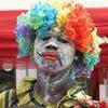 В Африке уличные клоуны поставят шоу о вирусе Эбола