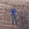 Американский канатоходец прошел по тросу через Гранд-Каньон