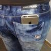 Производители джинсов увеличат карманы для нового iPhone