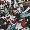 Эволюция баскетбольных кроссовок: От тряпичных кедов Converse до технологичных современных сникеров