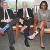 Американцы поздравили бывшего президента цветными носками