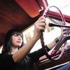 Сексизм дня: В Англии предложили выделить полосы для женщин за рулём