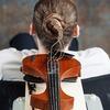 Музыкант использовал свои волосы в качестве струн для скрипки