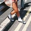 Adidas Originals призвал носить сандалии с носками