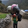 Европейские альпинисты подрались на Эвересте с местными проводниками