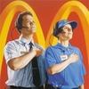 Фанаты Канье Уэста одели работника McDonald's
