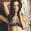 Модели Барбара Палвин и Даутцен Крус снялись в рекламе нижнего белья Victoria's Secret