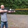 Американец создал снайперскую винтовку против зомби, стреляющую туалетными ершиками