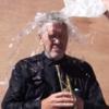 Дэвид Линч предложил Путину облиться водой в Ice Bucket Challenge