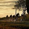 Марка велоодежды Rapha опубликовала лукбук новой коллекции