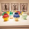 Художники хотят собрать деньги для освобождения коллеги, разбившего вазу Ая Вэйвэя