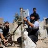 Сирийские повстанцы стреляют из миномета при помощи приложения в iPad