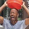 Ice Bucket Challenge: Самые яркие видео благотворительной акции