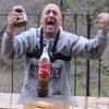 Итальянец установил «мировой рекорд», смешав Coca-Cola, Mentos и Nutella