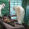 В Либерии бандиты освободили из карантина больных лихорадкой Эбола