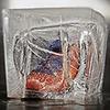 Тест-драйв зимних ботинок в кубах льда