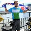 Простой британец объехал на велосипеде половину экватора
