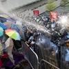 Против митингующих в Гонконге используют вирусы для Android и iOS