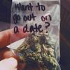 Появился сервис знакомств для курильщиков марихуаны
