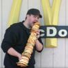 Американец приготовил огромный сэндвич из всех бургеров в «Макдоналдс»