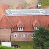 Подросток нарисовал пенис на крыше родительского дома