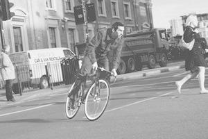 «Главное — думать за себя и людей вокруг»: Интервью с Энди Эллисом, создателем Fixed Gear London