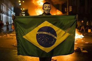 Низы не хотят: Что не так с чемпионатом мира по футболу в Бразилии