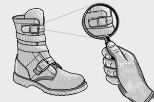 Внимание к деталям: Как появились ремни на ботинках