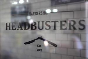 Детали: Репортаж с открытия барбершопа Headbusters