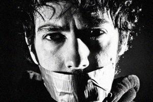 Почему люди готовы поступаться свободой и поддерживать цензуру