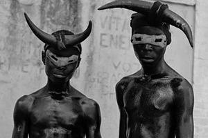 Чувственная антропология рейва: Миша Дегтярёв о том, зачем человек танцует под монотонную музыку