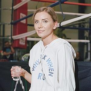 «Мой муж тоже занимается боксом, но я его перебиваю по очкам»: Девушки боксеры о своём увлечении