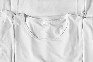 Ревизия одним кадром: 12 белых футболок