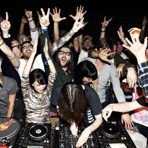 Boiler Room: Как вечеринка для своих превратилась в важное музыкальное явление