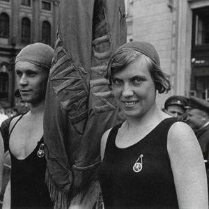 Как развлекалась молодежь 100 лет назад: Секс, алкоголь и вечеринки в СССР