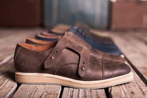Новая марка: Мужские кожаные ботинки «Циркуль»