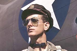 Очки-авиаторы: Какими они бывают и как их правильно носить