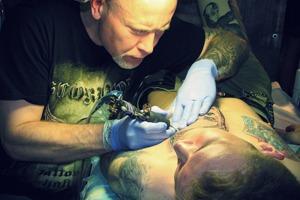 «В 2000-х было больше реализма»: Российские тату-мастера о развитии татуировки в начале века