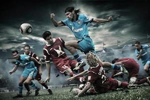 Свидание с вратарем, фирменный троллейбус и другие примеры безумного маркетинга футбольных клубов