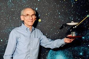 Как учёные миссии «Вояджер» почти 40 лет ждут встречи с неземной цивилизацией