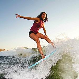 Что такое скимбординг — вид сёрфинга на мелкой воде
