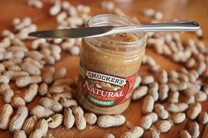 Путеводитель по арахисовой пасте, самому популярному продукту США
