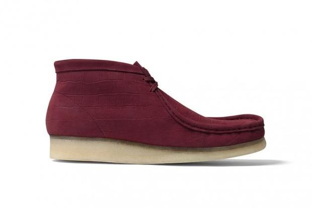 Марки Supreme и Clarks выпустили совместную модель ботинок Wallabee. Изображение № 4.