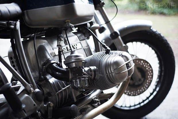 Лондонская мастерская Untitled Motorcycles представила новый кастом на базе BMW R100 RT. Изображение № 4.