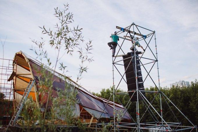 Фоторепортаж: Строительство объектов фестиваля Outline. Изображение № 7.