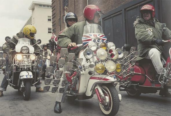 Моды на скутерах, фотография из книги «I'm One: 21st Century Mods». Изображение № 4.