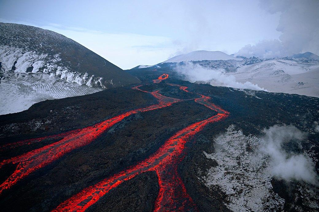 Фотопроект: 10 лет катания по самым экстремальным горам планеты . Изображение № 22.