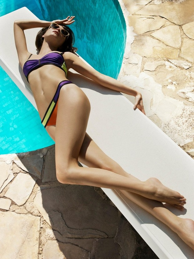 Модель Джейза Чиминаццо снялась в рекламе нижнего белья La Perla. Изображение № 9.