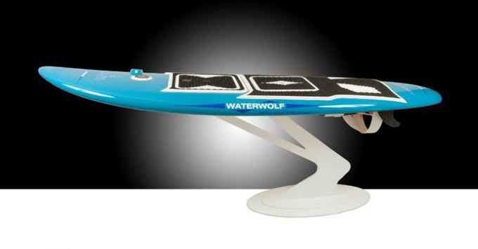 В Германии создали электрическую доску для сёрфинга. Изображение № 1.